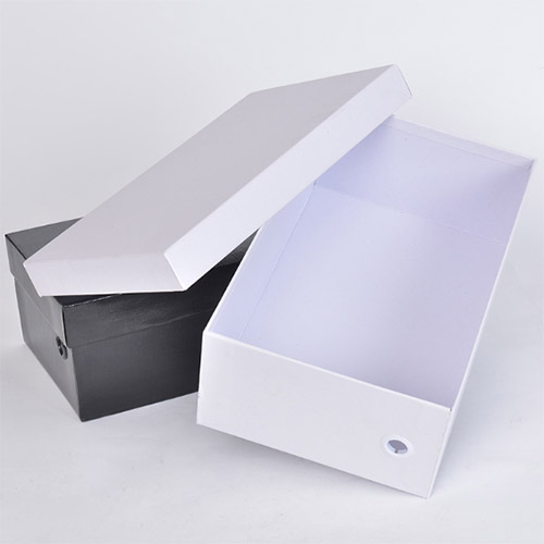 A shoe box with a removable lid