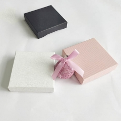 The necklace box is suitable for gift giving